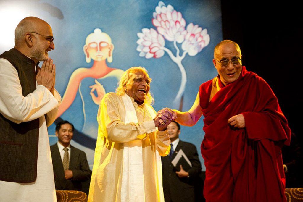 Buddha and Yoga : Buddhist Yoga - Ep. 17 of the Bob Thurman Podcast Photo of Hh Dalai Lama with B.K.S Iyengar from www.dalailama.com.