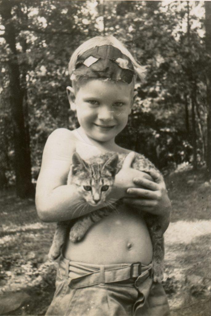 Bob in 1946