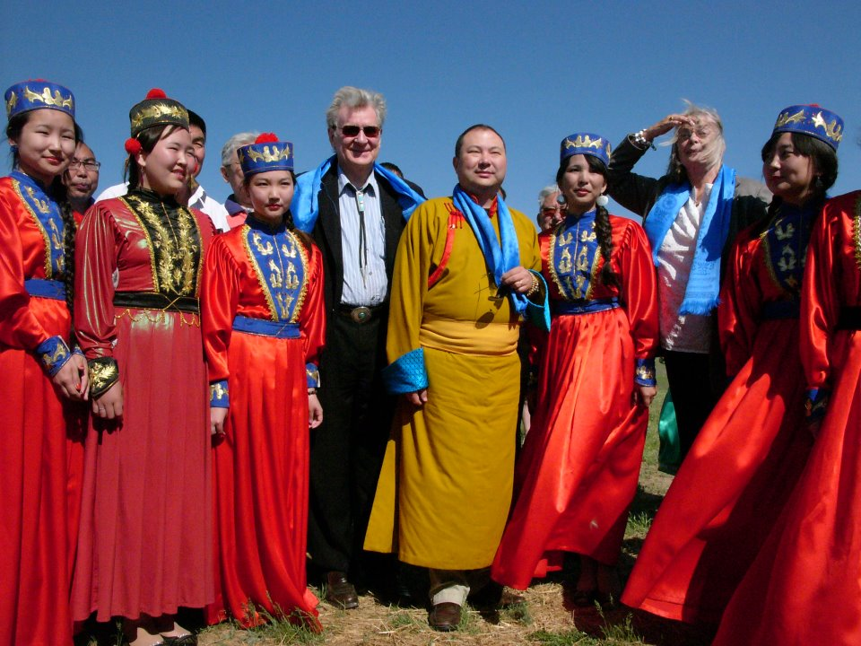 Bob, Telo Rinpoche and Nena with Kalmyk ladies at the birthplace of Geshe Wangyal in Mongolia in 2013